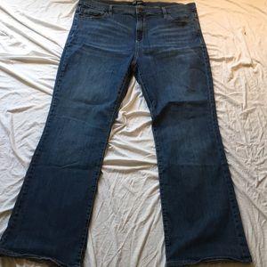 Gap Perfect Boot Medium Wash Jeans
